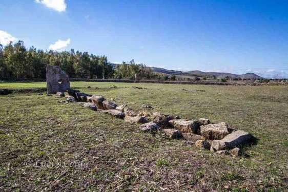 Su cuaddu 'e Nixias - tomba dei giganti - Lunamatrona
