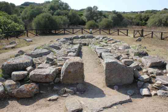 Coddu Vecchiu - Tomba dei giganti - Arzachena