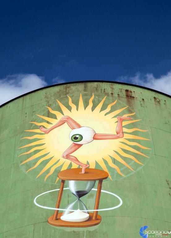 Triskelion: Perseo e la Gorgone Medusa - Street Art Silos