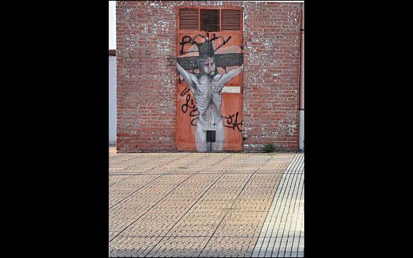 Il Cristo crocifisso - contributo per Il muro d'Europa