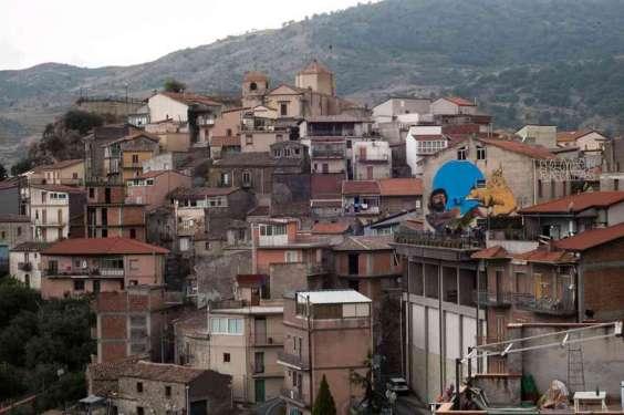 Connubio uomo e natura - Roccella Valdemone - Messina