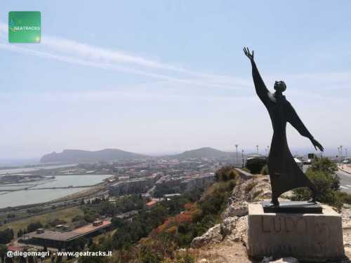 Statua di San Francesco d'Assisi - Cagliari - Sardegna